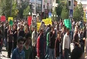 PKK yandaşları sokağa döküldü.20773