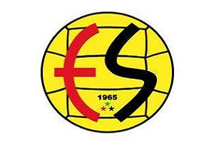 Eskişehirspor'du futbolcular rest çekti.10920