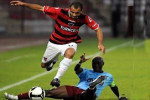 Gaziantep oynadı Trabzon baktı: 3-1.11599