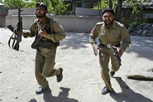 Pakistan'da intihar saldırısı: 8 ölü.16113