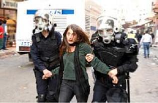 Taksim'de 27 eylemci g�zalt�.14351