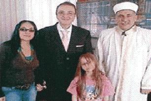 Haham, ailesiyle birlikte müslüman oldu.17575