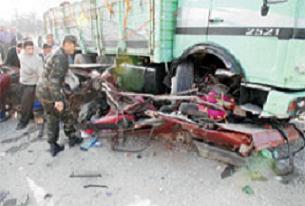 Trafik kazasında bir aile daha yok oldu.14068