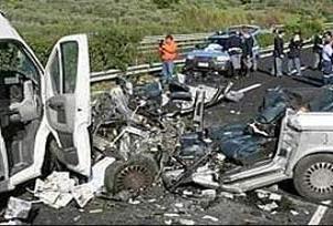 Ereğli'de trafik kazası 2 can aldı.20722