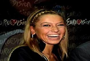 Eurovision'a giderken işinden oldu!.11401