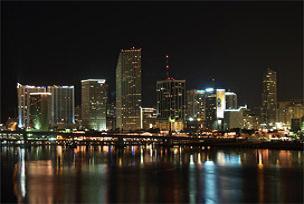 Parası olan Miami'den ev alıyor.12072