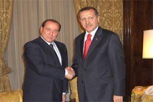 Berlusconi sevgisinin asıl nedeni.10751