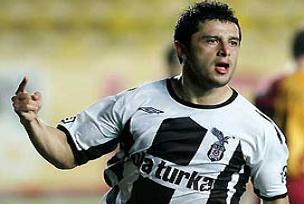 Beşiktaş'ın Şililisi Tello'ya milli onur.13454