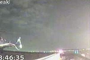 Havada arızalanan uçak sorunsuz indi.7164