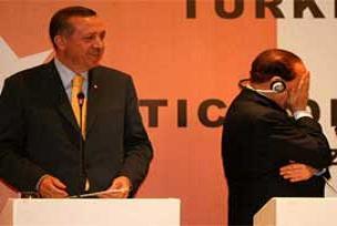 Berlusconi'ye Türkiye eleştirisi.9723