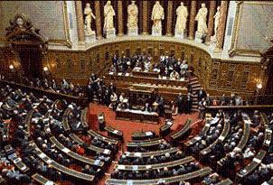 Fransa soykırım yasasını geri çekiyor.26076