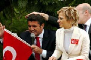 Sarıgül'ün eşi Kotil, CHP'de göreve talip.11548