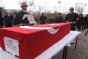 Bitlis bugün şehidine ağladı.12811