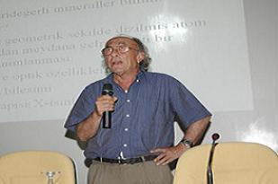 Türk Prof'un tarihe geçen buluşu.9552