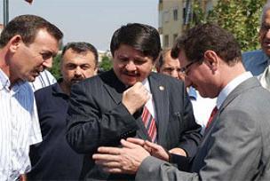 Defolular AKP'den aday olamayacak.14984