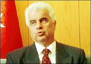 Derviş Eroğlu yeniden UBP başkanı.11368