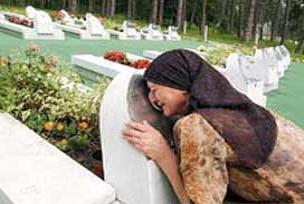 Sırplar, Radovan Mladiç'in peşinde.14634