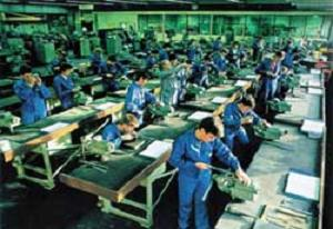 Krizde fabrika açtı, işçi bulamıyor!.34398