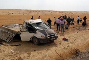 Minibüs kazası: 1 ölü, 23 yaralı.13419