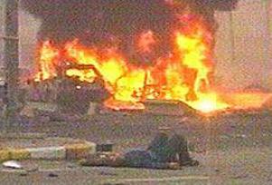 Irak'ta polis arac�na bomba: 5 �l�.14701