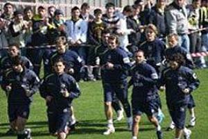Fenerbahçe 4 oyuncuya imzalattı.17898