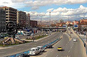 K�z�lay-S�hhiye yolu 3 g�n trafi�e kapal�.23873