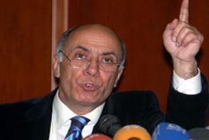 Mahmut Alınak cezaevine gönderildi.8874