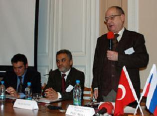 Türkiye'yi şikayet edenlere sert cevap.13372