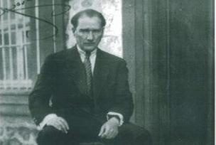 Atatürk'e 'fotomontajlı' çirkin iftira.8973
