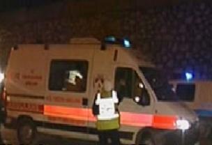 Ambulans kazaya davetiye ��kar�yordu.8572