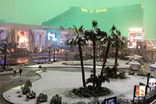 40 yıl sonra çöle ilk kez kar yağdı!.15577