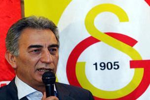 Galatasaray'da ek btüçe kabul edildi.11712