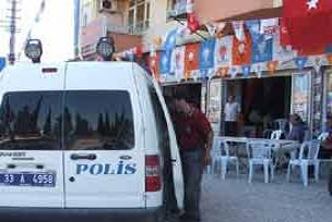 AKP seçim bürosuna taşlı saldırı.13570