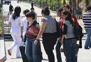 İflas eden yurdun öğrencileri sokakta!.15756