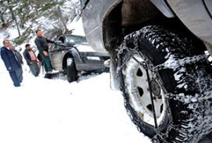 Bolu Dağı'nda kar yağışı başladı.15151