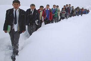 Okullarda kar tatili verilen iller.8806
