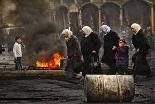 İsrail sokakta oynayan çocukları vurdu.13186