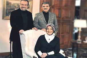 Gül ve eşi Civaoğlu'nun konuğu oldu.12671