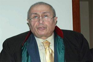 İzmir Barosu Başkanı komaya girdi!.8436