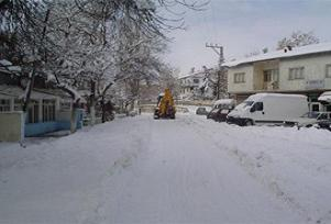 Bozkır'da okullar bir gün tatil edildi.11438
