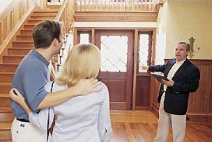 Korkan ev sahipleri kiraları düşürüyor.14778