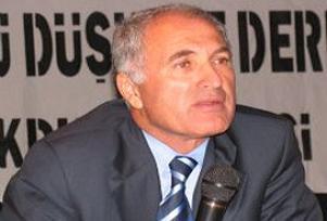 1 Numara ile Atatürk'ü işaret ediyorlar.11179