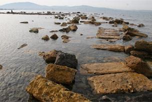 Deniz çekildi, antik kent ortaya çıktı.14383