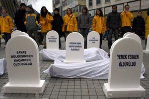 �srail mezar ta�lar�yla protesto edildi.15743