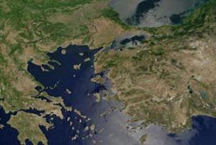 Yunanistan Ege'yi germe peşinde.13260
