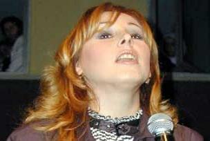 Funda Arar Diyarbakır'da konser verdi.10384
