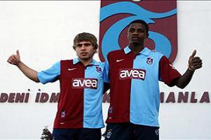 Trabzon'da iki imza atıldı.12833