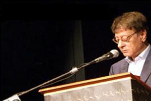 Filistinli Derviş'in şiirleri sizi bekliyor.8122
