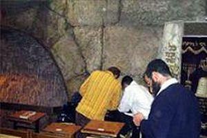 'Sinagog yakıldı' haberine yalanlama .14068
