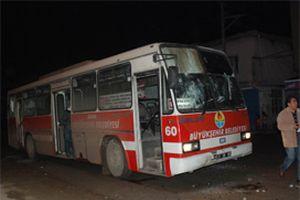 PKK yandaşları otobüse saldırdı.10353